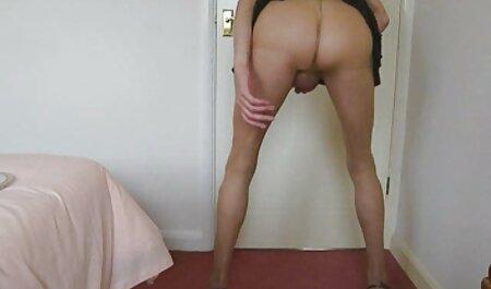 Sklave bekommt einen Doppeldildo in den sexfilme mit reifen deutschen frauen Arsch