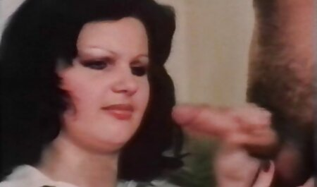 Vollbusige Anita Queen Dreier Sexszene deutsche gratis pornos