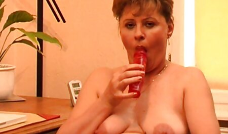 Sexy Big Tit Babe in Strümpfen wird zu dritt kostenlose freie deutsche pornos gefistet
