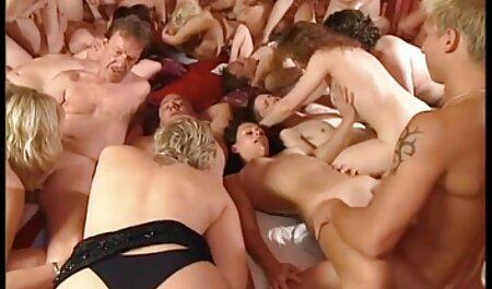 Sexy Bondage Babe Dana Dearmond in engen Seilen und streamcloud pornos Jungfrau