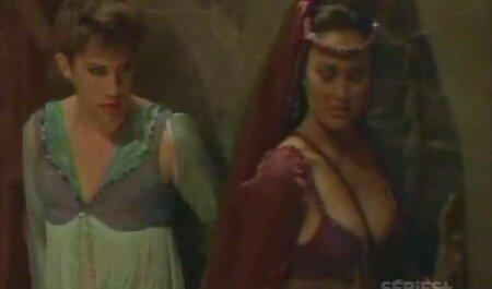 Im deutschsprechende sexfilme Hotel mit ihrem Stier